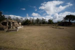 Iximche & Antigua tour